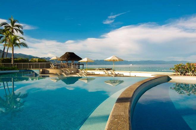 Sunset Plaza Beach Resort & Spa - Puerto Vallarta - Pool