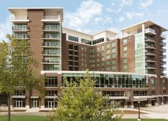 Embassy Suites by Hilton Greenville Downtown Riverplace - Greenville - Rakennus