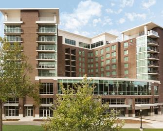 Embassy Suites by Hilton Greenville Downtown Riverplace - Greenville - Edificio
