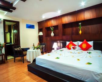 The Summer Hotel - Nha Trang - Bedroom