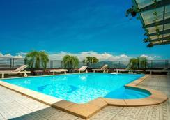 夏日酒店 - 芽莊 - 芽莊 - 游泳池