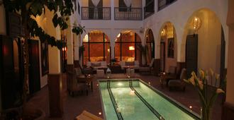 Riad Utopia Suites & Spa - Marrakesh - Bể bơi