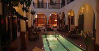 Riad Utopia Suites & Spa - מרקש - בריכה