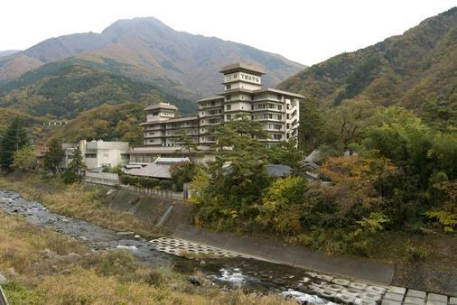 Shimobe Hotel - Yamanashi - Outdoors view