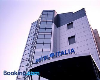 Hotel Italia - Carmagnola - Gebouw