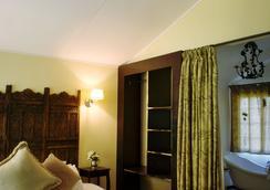 Almar View Guest House - Mbombela - Bedroom