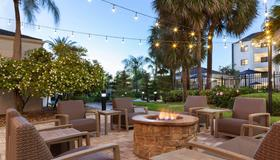 Courtyard by Marriott Tampa Westshore/Airport - Tampa - Patio