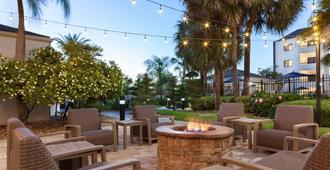 Courtyard by Marriott Tampa Westshore/Airport - טמפה - פטיו