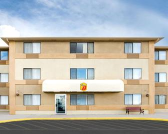 Super 8 by Wyndham Cedar City - Cedar City - Edificio