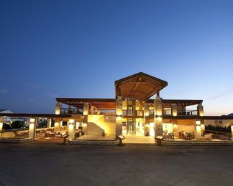 Island Blue Hotel - Pefki - Building