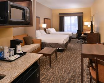 Holiday Inn Express & Suites Page - Page - Bedroom