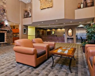 Best Western Diamond Inn - Three Hills - Salónek