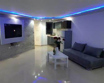 Spat Studio Aparthotel - Bat Jam - Living room