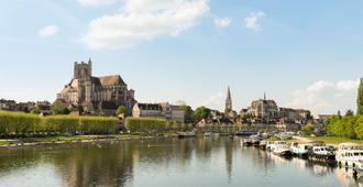 The Originals Boutique, Hôtel Normandie, Auxerre (Inter-Hotel) - Auxerre - Bâtiment