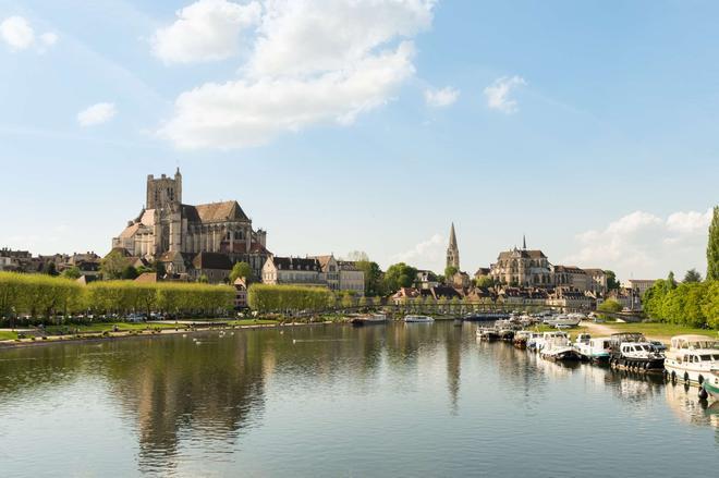 The Originals Boutique, Hôtel Normandie, Auxerre (Inter-Hotel) - Auxerre - Building