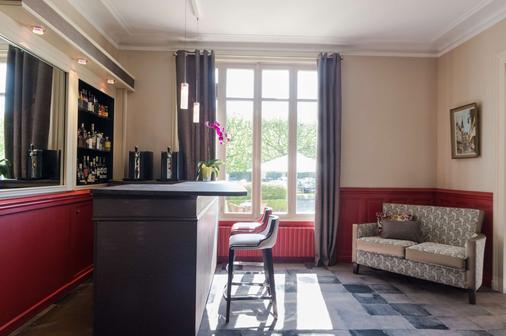 The Originals Boutique, Hôtel Normandie, Auxerre (Inter-Hotel) - Auxerre - Bar