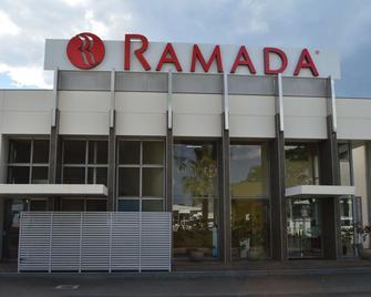 Ramada Hotel & Suites Sydney Cabramatta - Cabramatta - Building