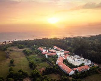 Planet Hollywood Goa Beach Resort - Utorda - Buiten zicht