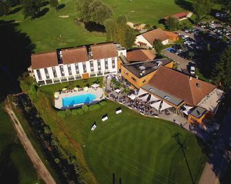 Golf Hotel Grenoble Charmeil - Saint-Quentin-sur-Isère - Edificio