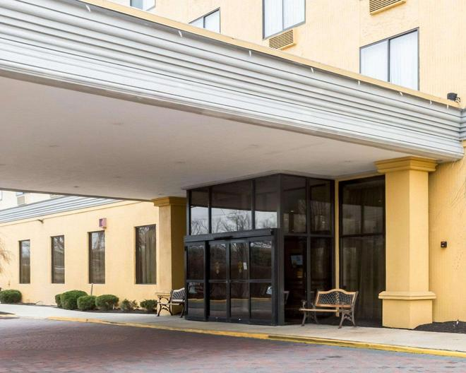 Clarion Hotel Somerset - Somerset - Building