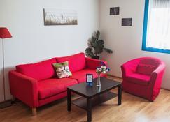 Grundarfjördur Hostel - Grundarfjordur - Living room