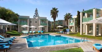 阿加皮海灘酒店 - 式 - Malevizi (美維茲) - 伊拉克利翁 - 游泳池