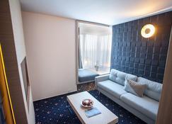Aqvatonic Hotel - Steaua de Mare - Eforie Nord - Wohnzimmer