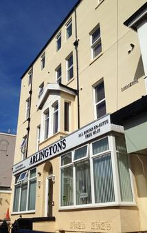 Arlingtons - Blackpool - Building