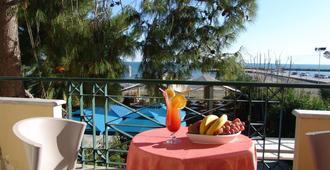 Ignatia Hotel - Náfplio - Balkong
