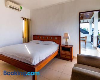Medewi Surf Villa - Pekutatan - Bedroom