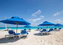 Ports Of Call Resort - Grace Bay - Plage