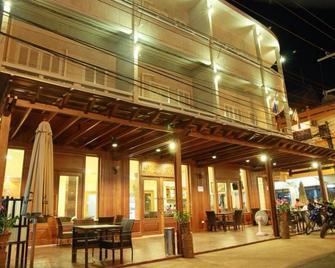 Phi Dao Hotel - Паксе - Building