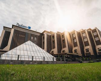 Radisson Blu Ridzene Hotel, Riga - Riga - Building