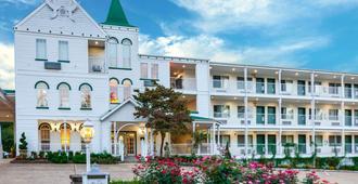 Quality Inn - Eureka Springs - Edificio