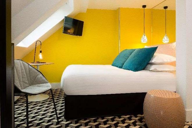 Hotel Haussmann St Augustin - París - Habitación