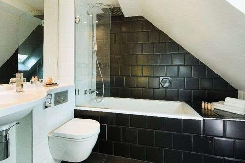 Hotel Haussmann St Augustin - Paris - Bathroom