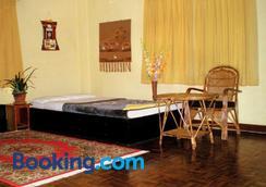 Planet Bhaktapur Hotel - Bhaktapur - Bedroom
