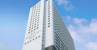 B P International - Hong Kong - Building