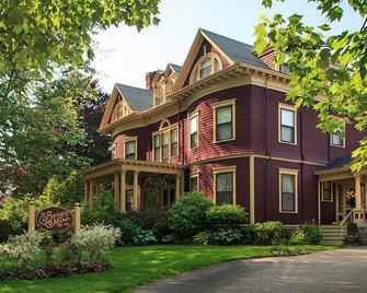 Berry Manor Inn - Rockland - Gebäude