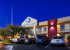 Best Western University Inn - Tuscaloosa - Building