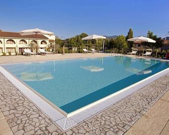 Hotel Carignano - Lucca - Kolam