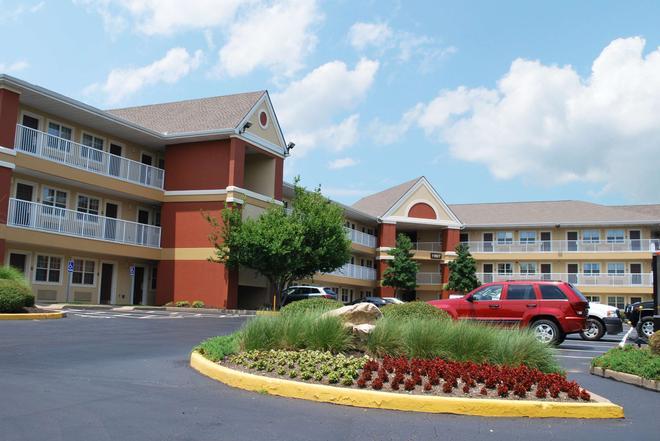 Extended Stay America - St. Louis -Westport-East Lackland Rd - Maryland Heights - Rakennus