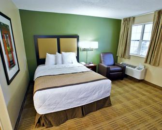 Extended Stay America Suites - St Louis - Westport - East Lackland Rd - Maryland Heights - Спальня