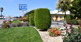 Seaside Inn - Seaside - Outdoors view