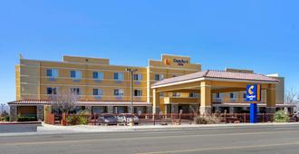 Comfort Inn Albuquerque Airport - Albuquerque - Toà nhà
