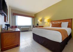 蒙特雷谷凱富酒店 - 蒙特雷 - Monterey/蒙特里杰克 - 臥室