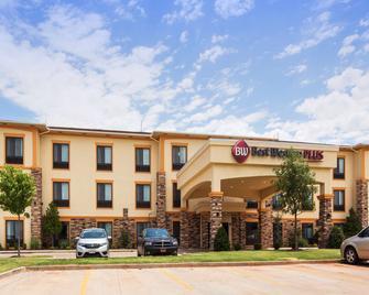 Best Western PLUS Fairview Inn & Suites - Fairview - Building