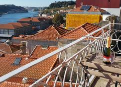Apartments Oporto Palace - Porto - Balkon
