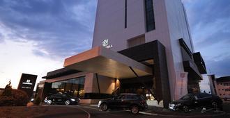 Kronwell Brasov Hotel - Braşov - Building