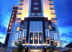 Swiss-Belhotel Ambon - Ambon - Building